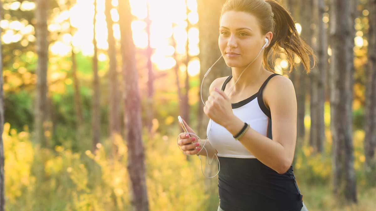woman-running-1200x675